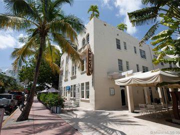 100 COLLINS AV, Miami Beach, FL, 33139,