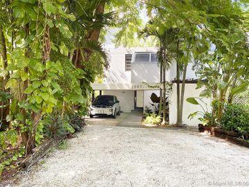 2597 Trapp Ave #1, Miami, FL, 33133,