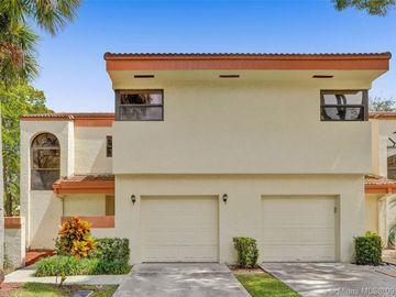 3400 Emerald Oaks Dr #801, Hollywood, FL, 33021,