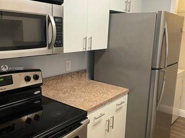 927 Riverside Dr #326, Coral Springs, FL, 33071,