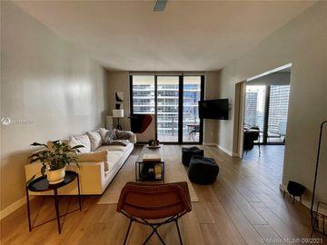 1010 Brickell Av. #4007, Miami, FL, 33131,