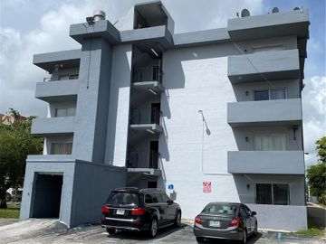 495 NW 72nd Ave #211, Miami, FL, 33126,