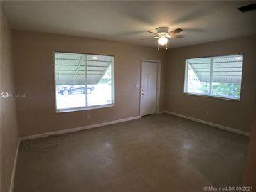 1085 NW 52nd St, Miami, FL, 33127,