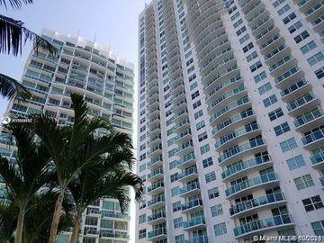 31 SE 5th St #2705, Miami, FL, 33131,
