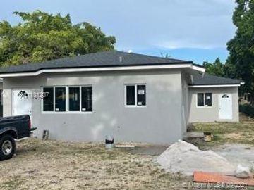 4721 NW 15 ct, Miami, FL, 33142,