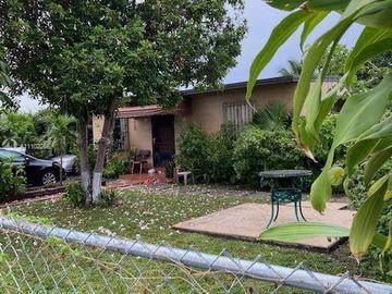 991 E 26th St, Hialeah, FL, 33013,