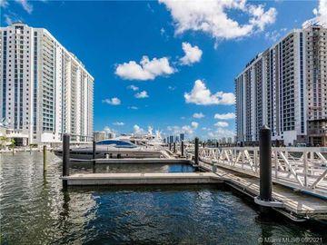 17301 Biscayne Blvd #904, North Miami Beach, FL, 33160,