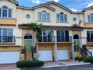 1952 Coral Heights Ct #302, Oakland Park, FL, 33308,