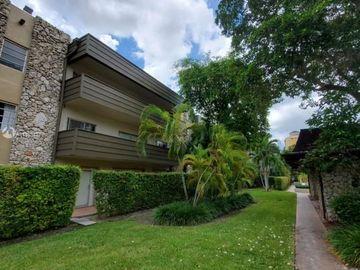 8335 SW 72nd Ave #202D, Miami, FL, 33143,