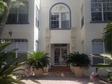 1127 Euclid Ave #207, Miami Beach, FL, 33139,