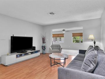 7118 NW 101st Ave, Tamarac, FL, 33321,