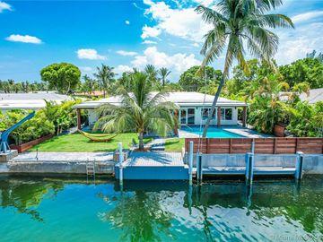 2243 Bayview Ln, North Miami, FL, 33181,
