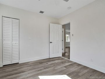 1005 NW 12th St, Fort Lauderdale, FL, 33311,