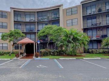 3900 N Hills Dr #108, Hollywood, FL, 33021,