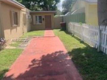 249 SW 6th St, Dania Beach, FL, 33004,