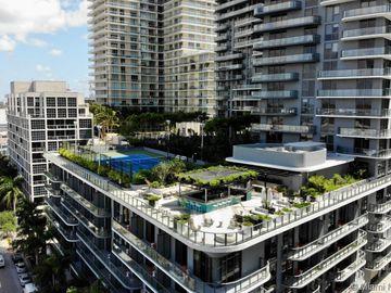 121 NE 34th St #806, Miami, FL, 33137,