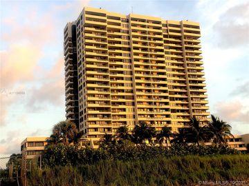 2555 Collins Ave #504, Miami Beach, FL, 33140,