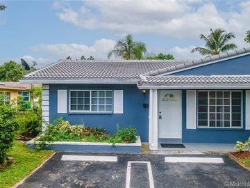 7526 NW 44th Ct, Coral Springs, FL, 33065,