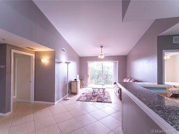 6861 SW 44th St #305, Miami, FL, 33155,
