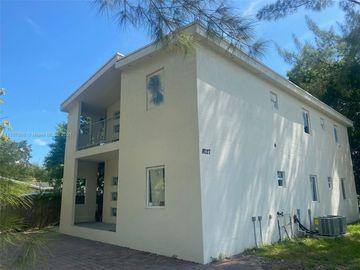 8027 NW 8th Ave, Miami, FL, 33150,