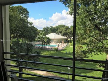2901 NW 48th Ave #366, Lauderdale Lakes, FL, 33313,