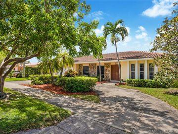 21120 NE 21st Pl, Miami, FL, 33179,
