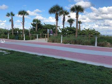 5845 Collins Ave #102, Miami Beach, FL, 33140,