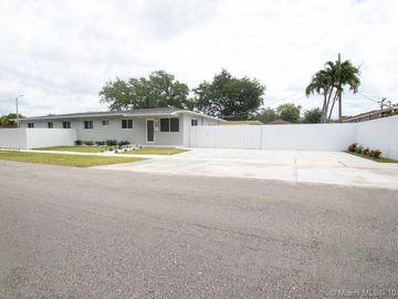 233 NW 53 Avenue, Miami, FL, 33126,