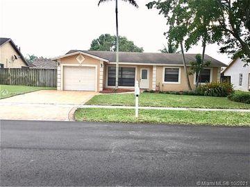 8350 NW 7th St, Pembroke Pines, FL, 33024,