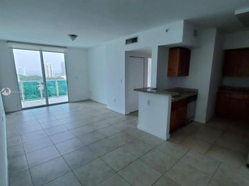 1723 SW 2nd AV #1209, Miami, FL, 33129,