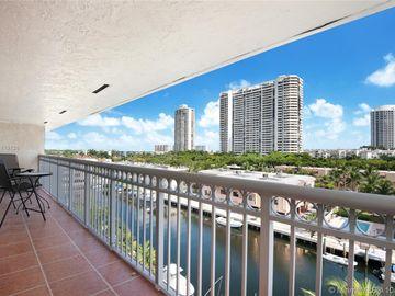 3601 NE 170th St #605, North Miami Beach, FL, 33160,