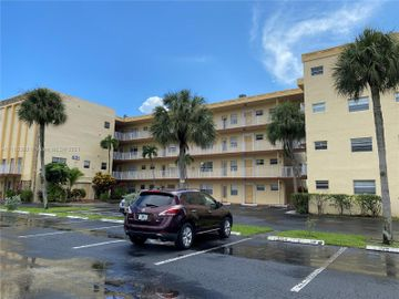 3940 NW 42nd Ave #320, Lauderdale Lakes, FL, 33319,