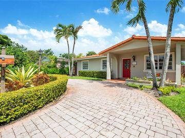 6771 N Waterway Dr, Miami, FL, 33155,