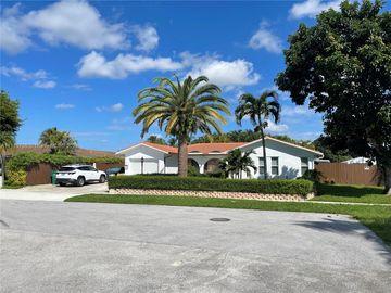 9921 SW 108th St, Miami, FL, 33176,