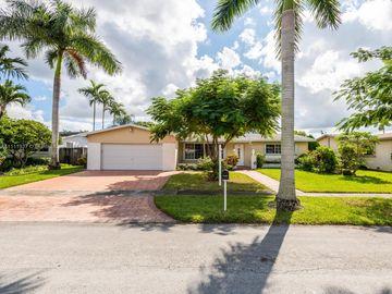 1811 NW 114th Ave, Pembroke Pines, FL, 33026,