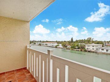 7900 Tatum Waterway Dr #408, Miami Beach, FL, 33141,