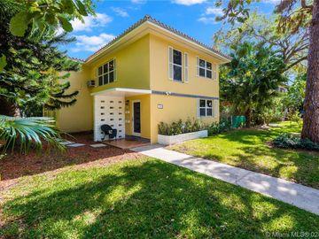 3903 Ponce De Leon Blvd, Coral Gables, FL, 33134,