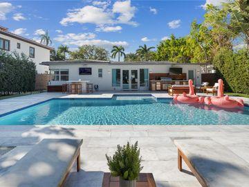 5225 N Bay Rd, Miami Beach, FL, 33140,