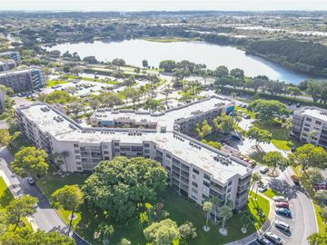 1000 Colony Point Cir #310, Pembroke Pines, FL, 33026,