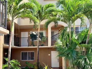551 NW 82nd Ave #505, Miami, FL, 33126,