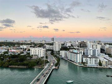 10 Venetian Way #1704, Miami Beach, FL, 33139,