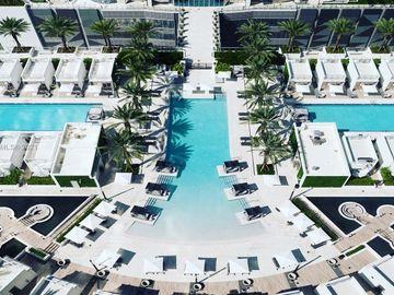 851 NE 1 #3809, Miami, FL, 33132,