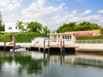 12575 Palm Rd, North Miami, FL, 33181,