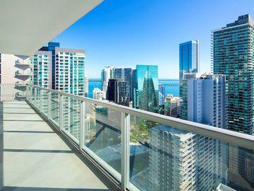 1111 SW 1st Ave #UPH4019-, Miami, FL, 33130,