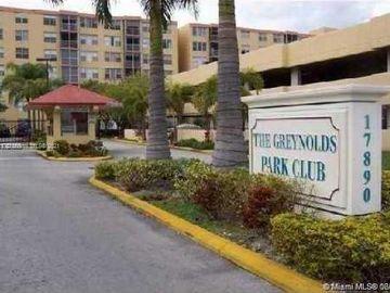 17890 W dixie hwy #302, North Miami, FL, 33160,