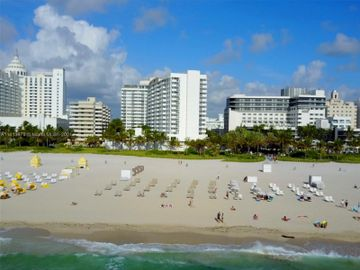 100 Lincoln Rd #1001, Miami Beach, FL, 33139,