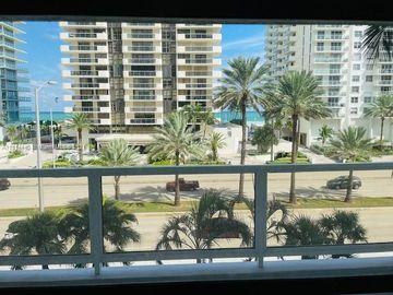 5700 Collins Ave #4N, Miami Beach, FL, 33140,