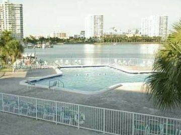2905 Point East Dr #L605, Aventura, FL, 33160,