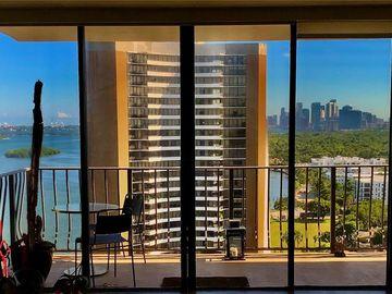 780 NE 69th St #2205, Miami, FL, 33138,