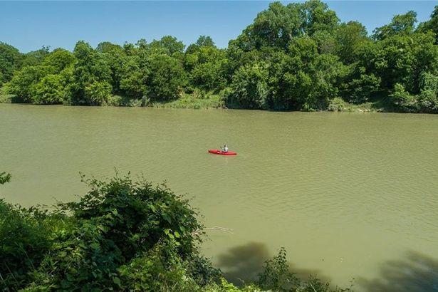162 River Front DR
